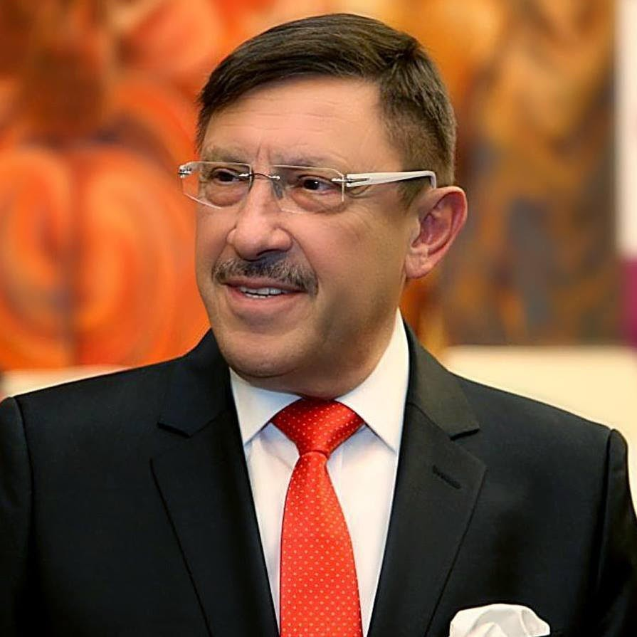 Максим Бехар